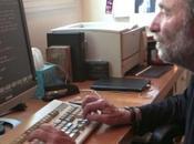 Dans bureau d'Eric Roth