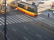 Deux tramways rentrent dedans (Varsovie)