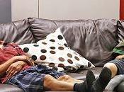 Chinois viennent chez Ikea pour faire sieste