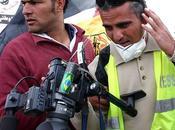 """Caméras Brisées"""" Projection Débat avec (sous réserve) Emad Burnat, réalisateur novembre 2014 Médiathèque (avenue Michel Crépeau) Rochelle"""