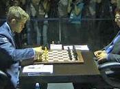 Échecs Carlsen Anand