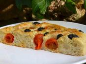 Foccacia pugliese tomates olives