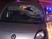 automobiliste meurt après avoir reçu pavé dans pare-brise