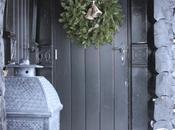Décorer porte d'entrée pour Noël