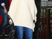 Look Jour Rihanna simply...