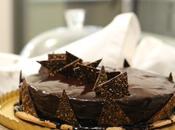 Entremets chocolat croustillant praliné-cacahuètes