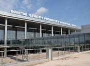 UKRAINE. Guerre Donbass: L'armée ukraine déroute, abandonne l'aéroport Donetsk
