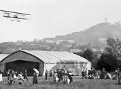 Avion Farman survolant l'aérodrome Vesoul 1911