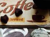 Chocolats noirs fourrés ganache éclats nougatine