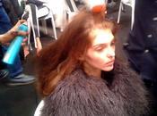 Backstage défilé Couture Printemps-Été 2015 Azzaro avec Moroccanoil