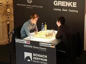 Échecs Carlsen Anand pleure