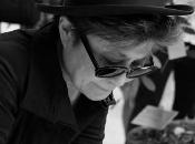 "Yoko ""arbres paix"" investissent Centre-Pompidou Metz"