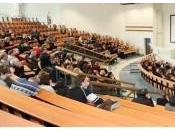 Voile l'université: premier ministre Manuel Valls tranché