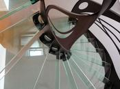 Escalier design verre: l'arabesque lumière