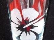 Vase gravé hibiscus