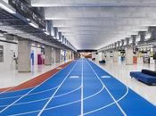 piste d'athlétisme s'invite dans l'aéroport Tokyo