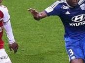 Lyon n'abdique dans course titre