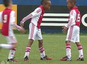 Quand petits joueurs l'Ajax Amsterdam imitent grands