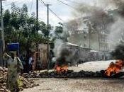 Burundi: l'issue coup d'Etat incertaine, médias visés lors affrontements