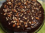 Gâteau confiture avec ganache chocolat cake with chocolate pastel mermelada (version