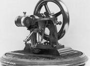 inventé machine coudre?