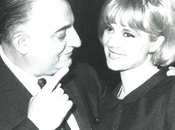 Sylvie Vartan Fiancée avec Johnny, draguée John Lennon