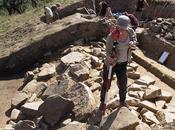 structures pierre découvertes dans Carpates