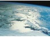 SAVIEZ-VOUS? Notre planète perd poids chaque année!