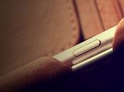 Coque Vaja London Grip Piqué pour iPhone summum