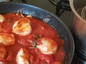 point petite boite tomate morceau. gousse