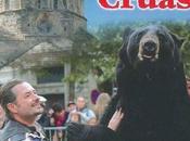 ours exhibé lors d'une fête médiévale CRUAS ardêche (07). exprimons notre opposition