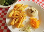 Frites four avec cuillère d'huile fausse mayonnaise Vegan