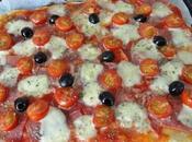 Pizza jambon cru, tomate, mozzarella, olive