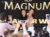 Bella Hadid Alexander Wang enflamment Plage Magnum Croisette