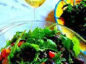 Salade kale masala (avec croque-végépâté salade grecque)