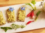 Craquettes sans gluten origan-sarriette tartinade express petits pois-fèves (Vegan)
