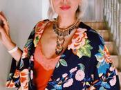 """""""Une journée dans 'une femme,"""" Raquel flying lady fashion addict"""